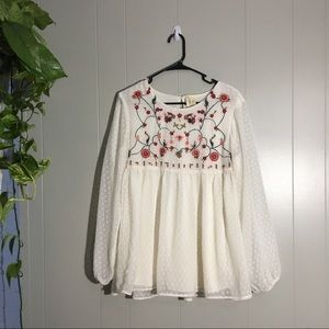 Japna Floral Embroidery Long Sleeve Top Size L